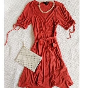 NWOT Banana Republic Belted Coral Silk Dress - XS